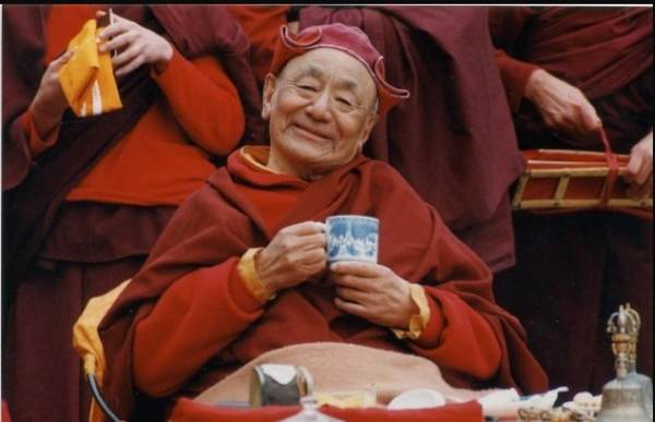 gendun_tea_drink